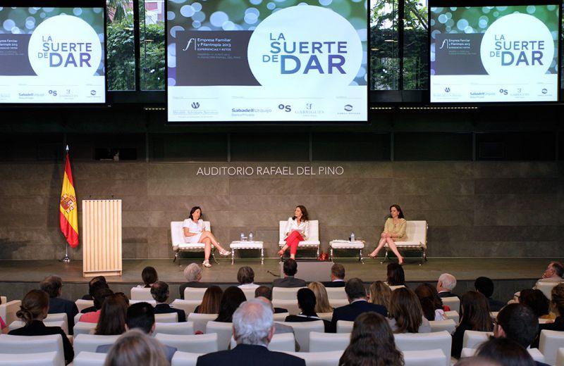 Carmen Reviriego, Adriana Cisneros y Maria del Pino